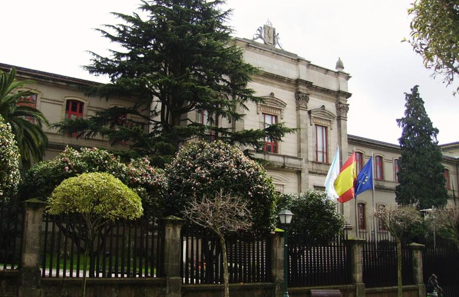 Fachada do Parlamento de Galicia