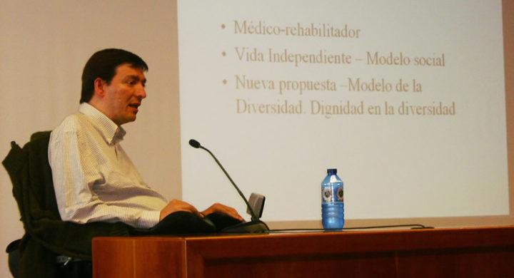 Alejandro Rodríguez Picavea durante su intervención en las Jornadas